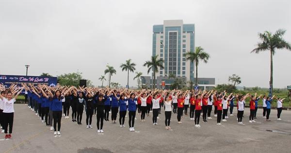Lan tỏa tinh thần từ Câu lạc bộ Dân vũ Trường Đại học Hà Tĩnh